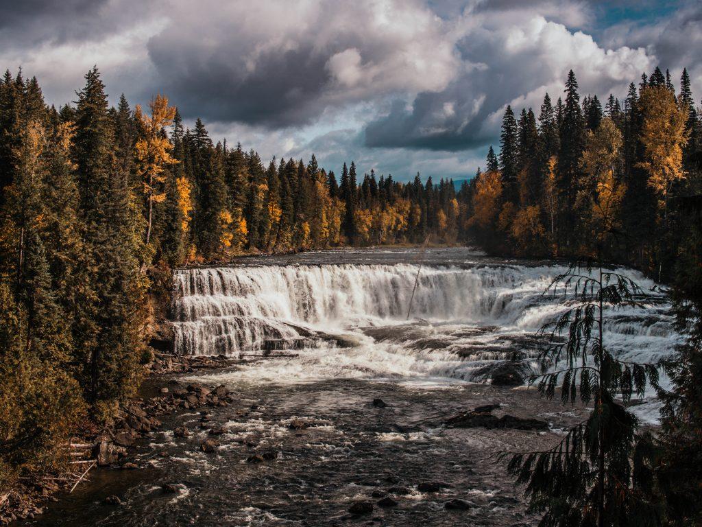 Falls, Well's Gray