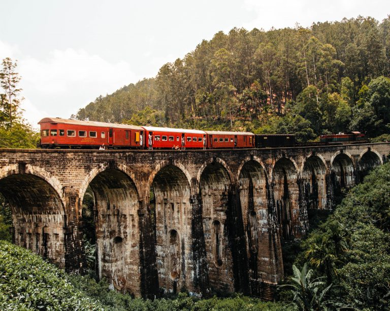 Train Nine Arch Bridge, Sri Lanka
