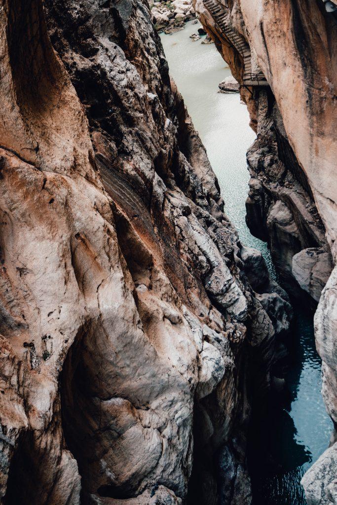 Cliffs at the Caminito