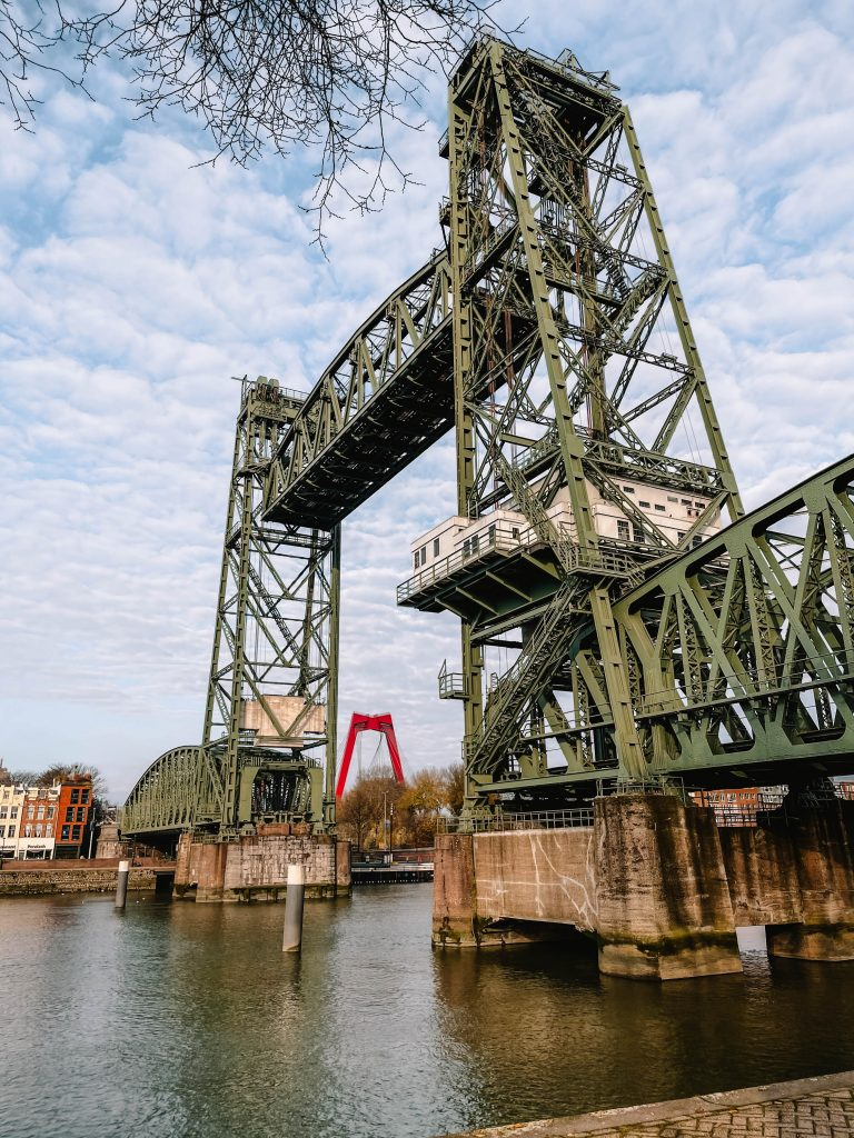 De Hef, Rotterdam, Maasparcours