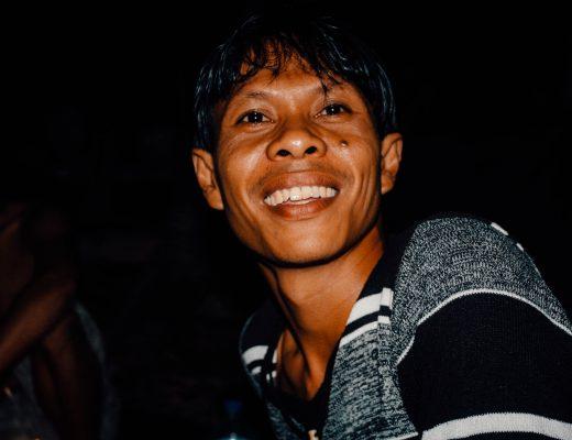 Guide of the Bukit Lawang Jungle Trek, Indonesia