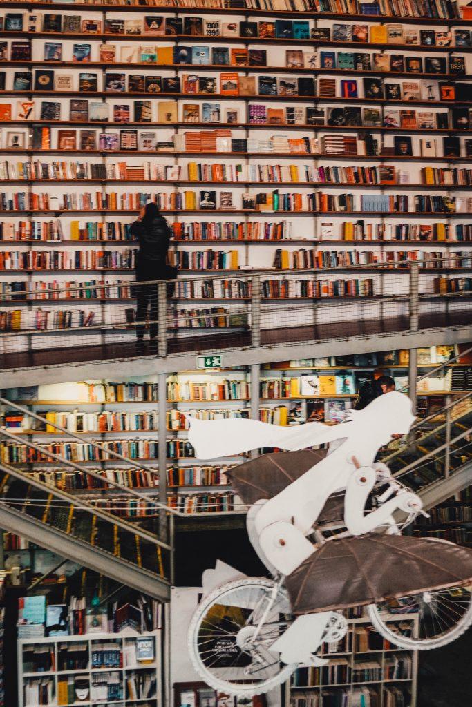 Ler Devagar Book Shop, Instagram Photo Spots